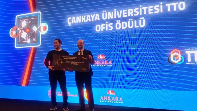 2019 Yılı TechAnkara Proje Pazarı'nda BNMS Medikal Sistemler Nano Teknoloji A.Ş.'ye Çankaya Üniversitesi BeeVenture Kuluçka Merkezi'nde Bir Yıllık Ücretsiz Ofis Ödülü!